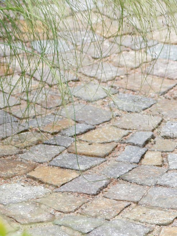 Vrste materijala za vrtne staze  Uredite Dom