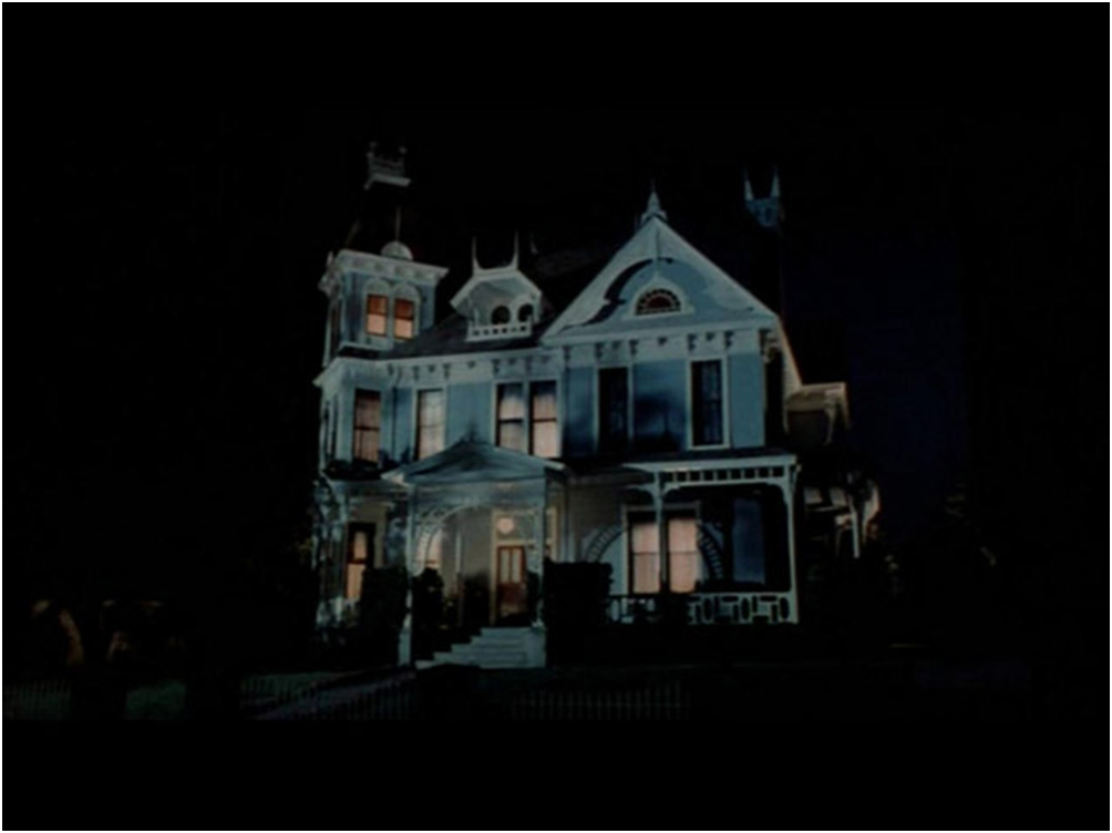 Legendarna kuća iz horor filmova na prodaju  Uredite Dom