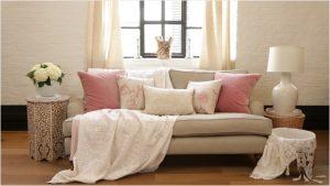 Kauč u šest različitih varijanti  Uredite Dom