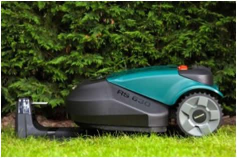 kosenje trave robot
